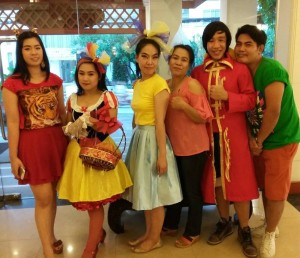 Viangbua staff